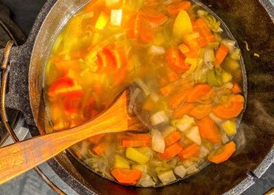 Barbarendopf – veganer Gemüseeintopf aus dem Dutch Oven