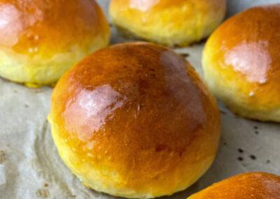 Brioche Burger Bun – ganz einfach selber gemacht und sehr lecker und fluffig