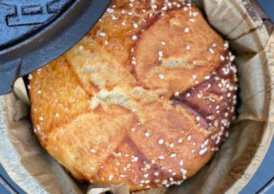 Osterbrot aus dem Dutch Oven – schmeckt nicht nur an Ostern