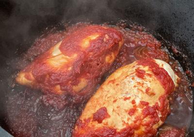 Pulled Chicken aus dem Dutch Oven